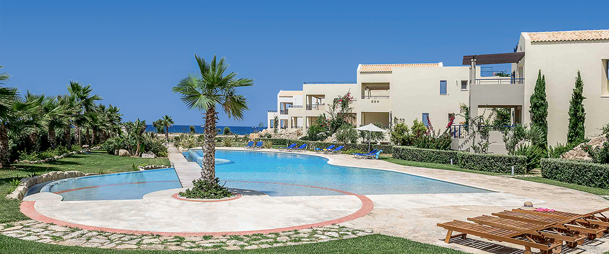 Aphrodite Beachfront Villas 2+1 спальная вилла